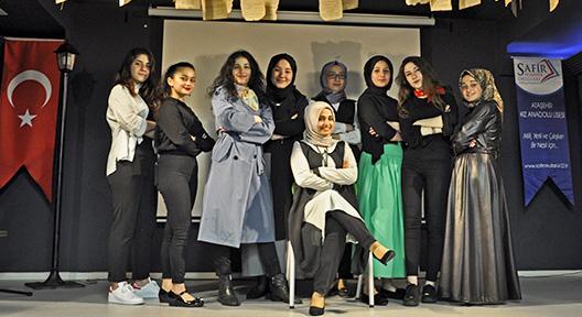 Eğitim Dünyasında Parlayan Yıldız: Safir Anadolu Lisesi