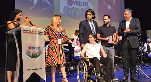 Erzincanlı Yazar Evgin Atalay, AYEDER'in Onur Konuğu