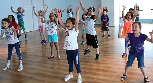 Ataşehir'de Yazın Keyfi Bu Okullarda Çıkıyor
