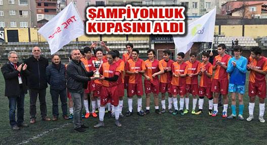 Taç Spor U-17 Futbol Takımı Şampiyonluk Kupasını Aldı