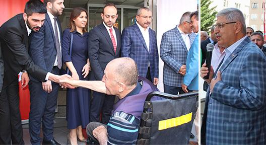 Ak Parti Ataşehir Teşkilatı Partililerle Bayramlaştı