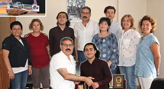 ISEF Birincisi Berk Bektemur'a ATAEĞİTİMDER'den Eğitim Desteği