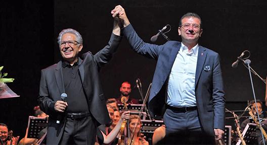 İBB Başkanı İmamoğlu Zülfü Livaneli Konserini İzledi