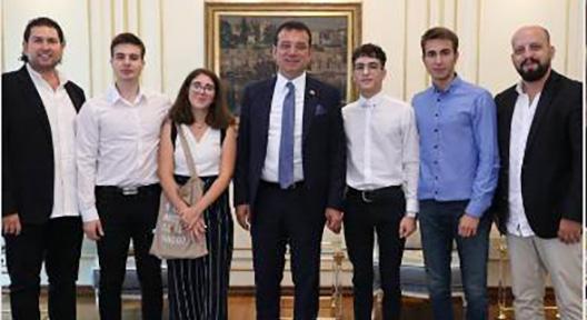 Genç Mucitlerin 'Silinmeyen Yol Boyası' İBB'de
