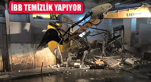 İBB Büyük İstanbul Otogarı'nda Temizlik Çalışması Yapıyor