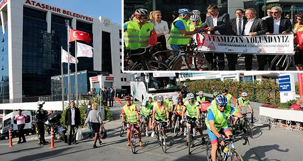 Ataşehir'den Bisikletleriyle Huzurunda Ata'yı Anmaya Gittiler