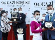 Gazi Koşusu Rekortmeni Şampiyon Ödülü İmamoğlu'ndan