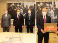 Vali Ali Yerlikaya, Başkan İlgezdi'yi Ziyaret Etti