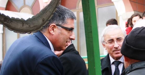 Hakı Altınkaynak ve Abdullah Der Estapaşa'da Cenazeye Katıldı