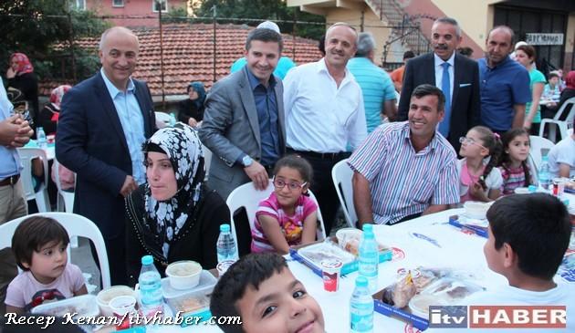 Ak_parti_yenisahra_iftar (13)