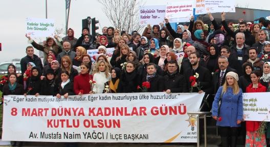 Ak Parti 8 Mart Dünya Kadınlar Günü'nü Yürüyüşle Kutladı