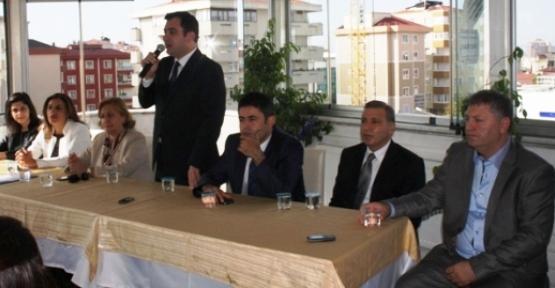 AK Parti Ataşehir'de Bayramlaşma
