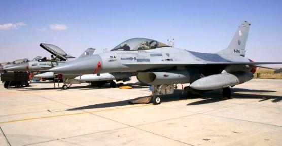 Diyarbakır'da Uçak Kazası F 16 Pistten Çıktı