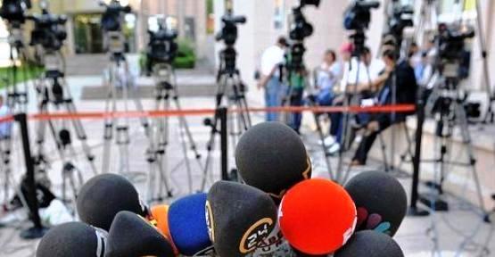 Gazeteciler Günü`nde siyasilerden mesajlar