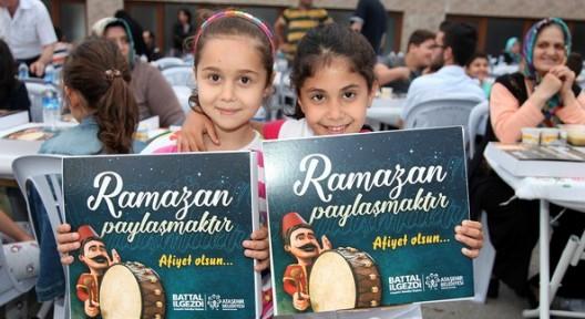 Ramazan Coşkusu Ataşehir Sokaklarında