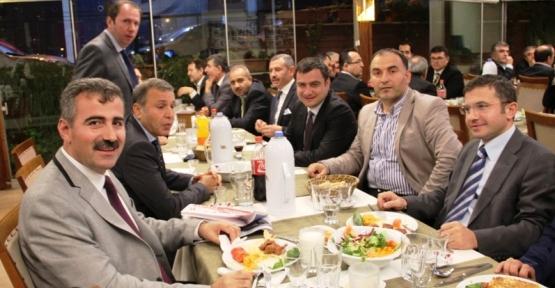 Ak Parti İl Genel Meclisi Gurup Toplantısı Ataşehir'de