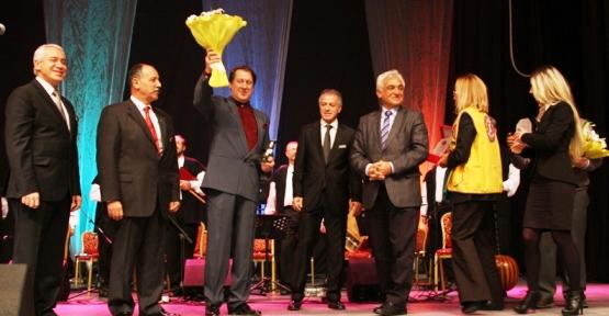 Ataşehir'de  Mevlana'yı Anma Töreni ve Ahmet Özhan'ın Konseri
