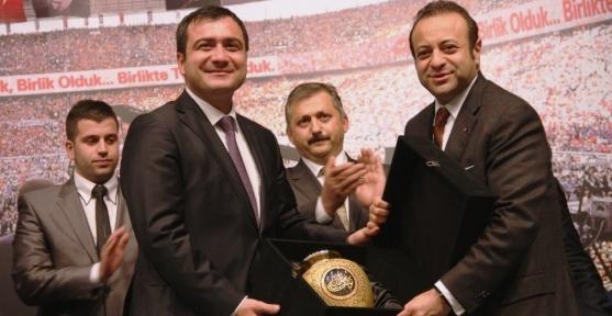 Bakan Bağış'tan Kılıçdaroğlu'na 'Çakma Gandi'